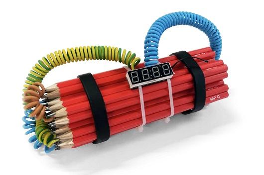 S+®rie crayons not carnage, Dynamite (big) 17x8x10cm + Socle et verre 2500Ôé¼