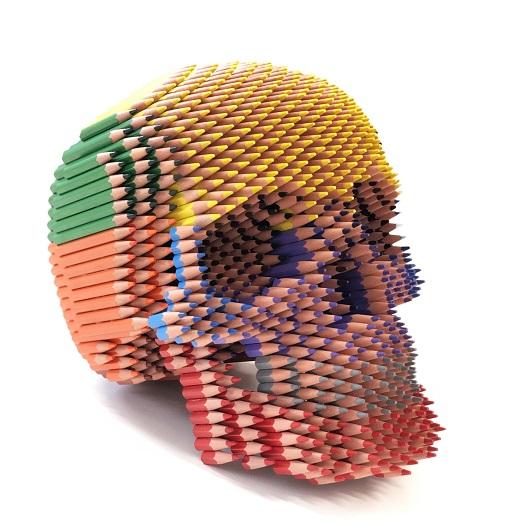 Skull 30X30X27cm Crayons + Bones H50xL60xP60cm 11000 1500